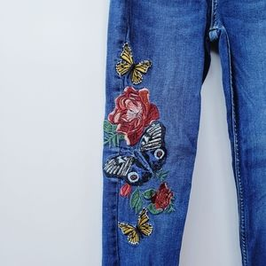 Zara Jeans - Zara Butterfly Floral Embroidered Skinny Jeans
